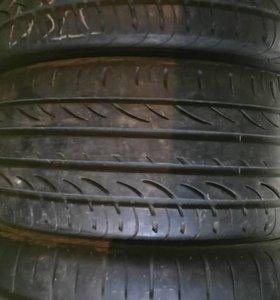 235/40R19 Pirelli P Zero Nero