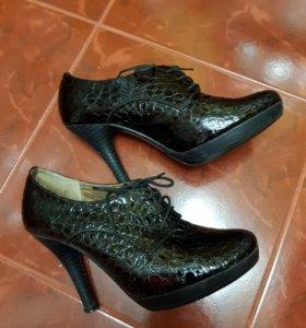 Туфли. Батильоны. Кожа.