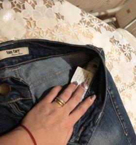 Джинсовые брюки 29р