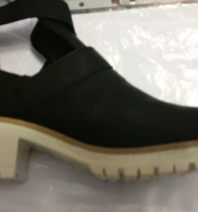 Ботинки женские р40