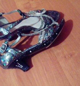 Продам туфли!!!!