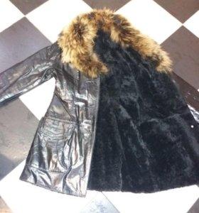 Зимнее кожанное пальто