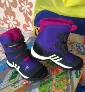 Ботинки adidas зимние