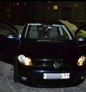 Автомобиль Volkswagen Golf Plus