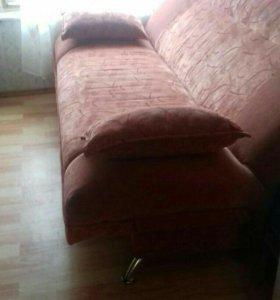 Продам диван за ненадобностью
