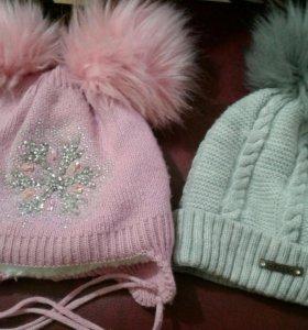 Две шапочки по цене одной и рукавички в подарок.