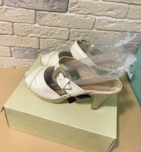 Туфли босоножки 41размер