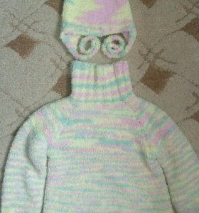 Комплект свитер и шапка.