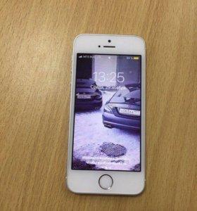 Продам iPhone SE 32GB