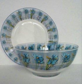 Набор посуды из 3-х предметов.