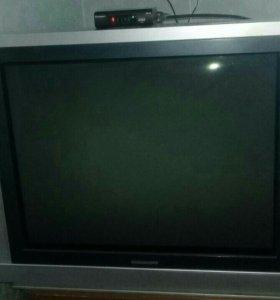 Телевизор и тв приставка