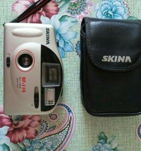 Плёночный фотоаппарат.