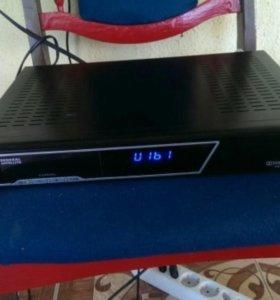 Ресивер триколор General Satellite HD 9300