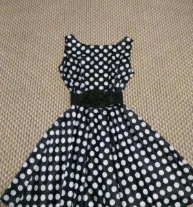 Платье в горох 44 р.