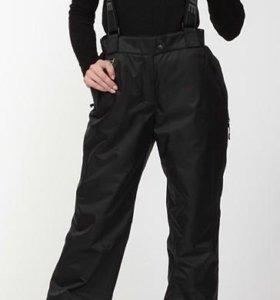Лыжные брюки-комбинезон