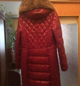 Пальто зимнее ,пуховик 50 размер