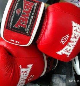 Кожаные Боксерские перчатки reyvel 12 oz