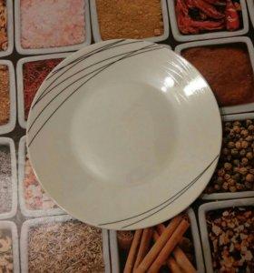 Набор посуды 18 предметов.