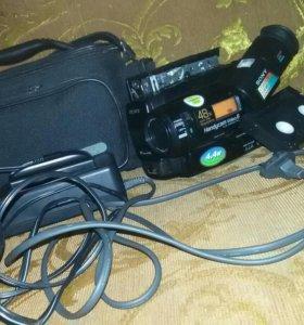 Видеокамера SONY все в рабочем состоянии