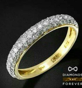 Крутое золотое кольцо с бриллиантами