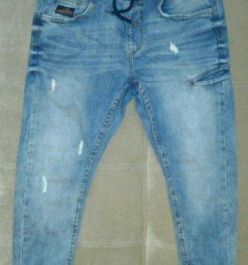 Фирменные джинсы Cropp