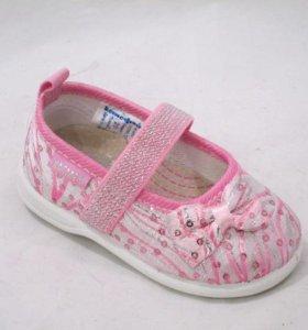 новые туфельки для девочки