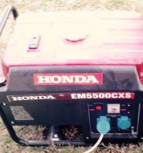 Бензогенератор Honda EM5500CXS б.у.