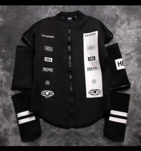 Продам необычную куртку-трансформер)