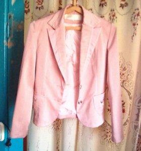 Брючный костюм, розовой 44 р.