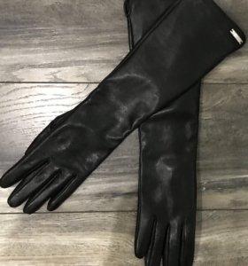 Продам новые кожаные перчатки Romika