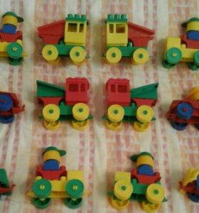 12 (6 + 6) конструкторов-паравозиков
