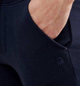 Темно-синие узкие джоггеры United Colors