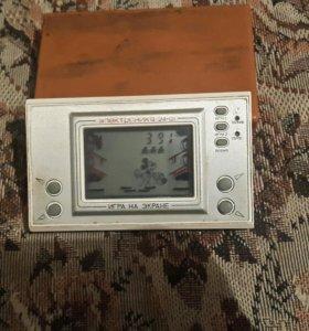 Игра на экране электроника 24-01