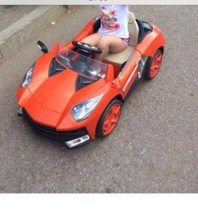 Детский электромобиль Lamborghini.