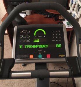 Велотренажер Technogym Bike 700