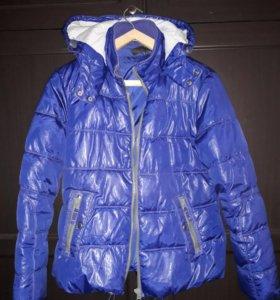 Куртка с капюшоном женская 48р
