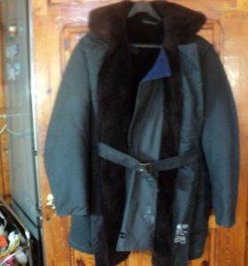 Пальто меховое летное с меховым капюшоном