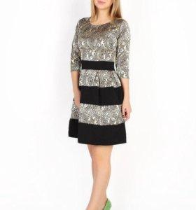 Красивое платье 44 размера!