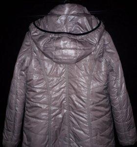 Куртка с капюшоном женская