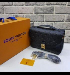 Сумка Louis Vuitton натуральная кожа