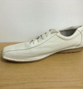 Новые кожаные туфли р-р 44 и р-р 45