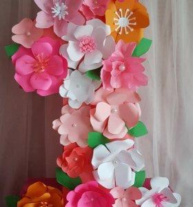 Единичка из цветов