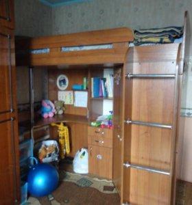 Мебельный уголок с кроватью