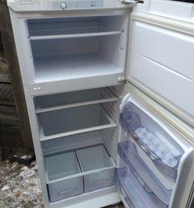 Продам холодильник бирюса б у