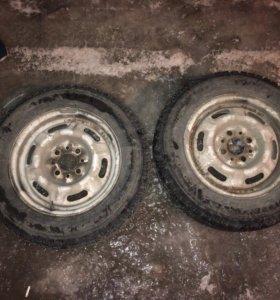 Продам зимние колеса шипованные R 13
