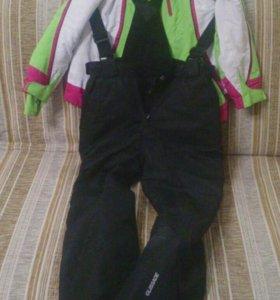 Горнолыжный костюм.