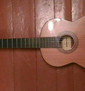 Классическая гитара Admira