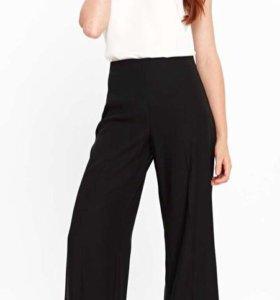 Широкие брюки Wallis размер М
