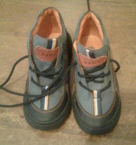 Детский ботинки