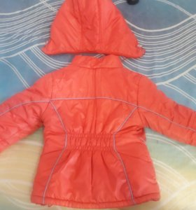 Куртка теплая осень-зима б/у